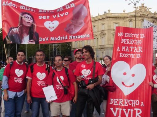 22 Manifestación carteles Aído